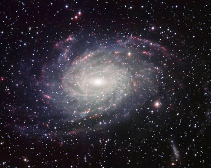 74912803_Galaktika__NGC_6744_Foto_ESO